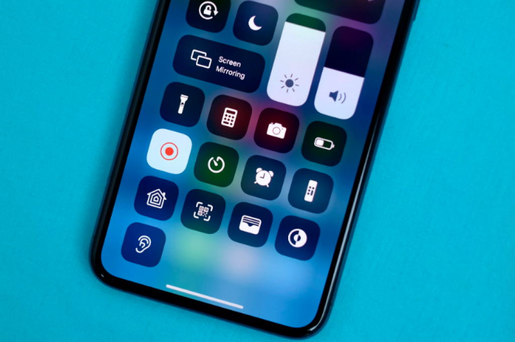How to Screenshot Record On iPhone