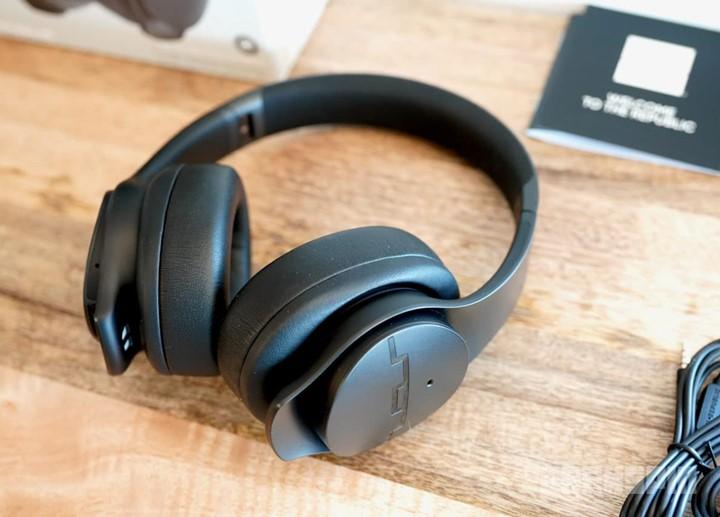 Sol Republic Soundtrack Pro noise cancelling headphones under $200