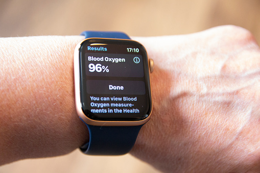 Apple Watch Series 6 Reviews blood oxygen monitoring